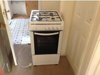 Gas cooker/oven