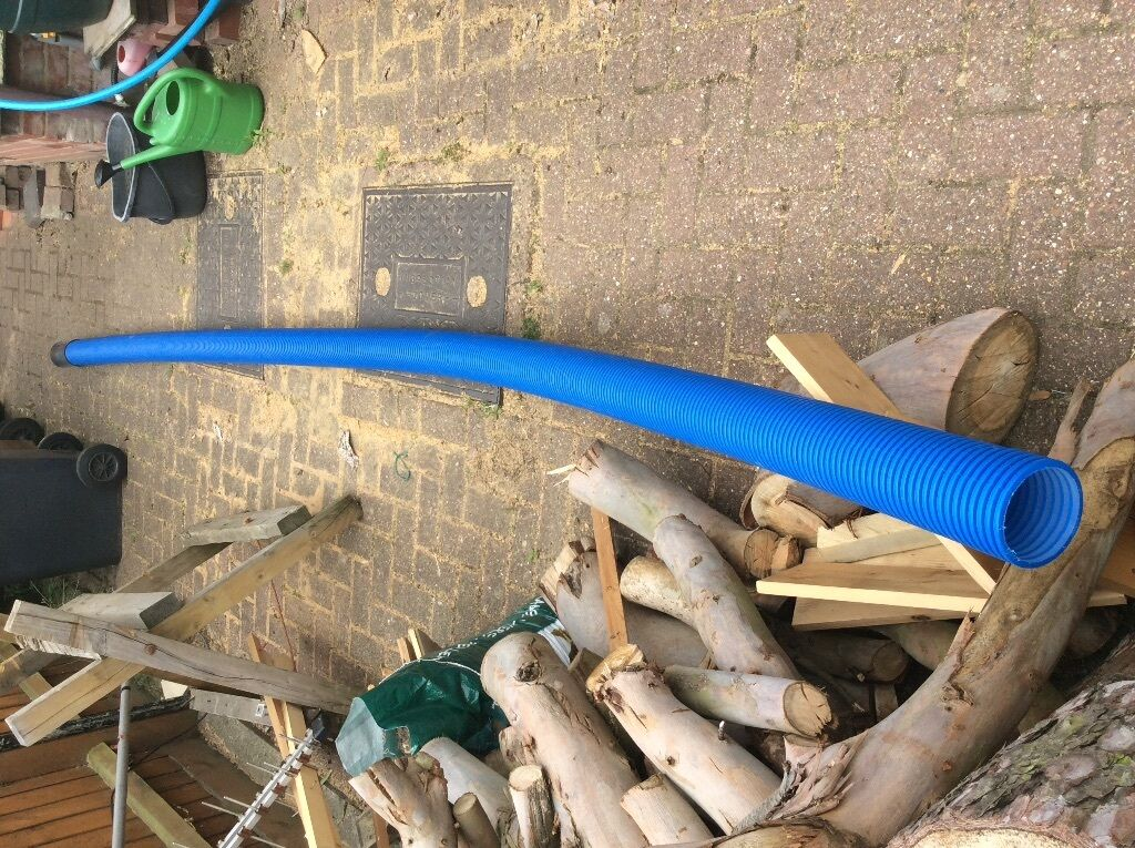 Ducting conduit blue trunking to cover water mains pipe for Water pipe material