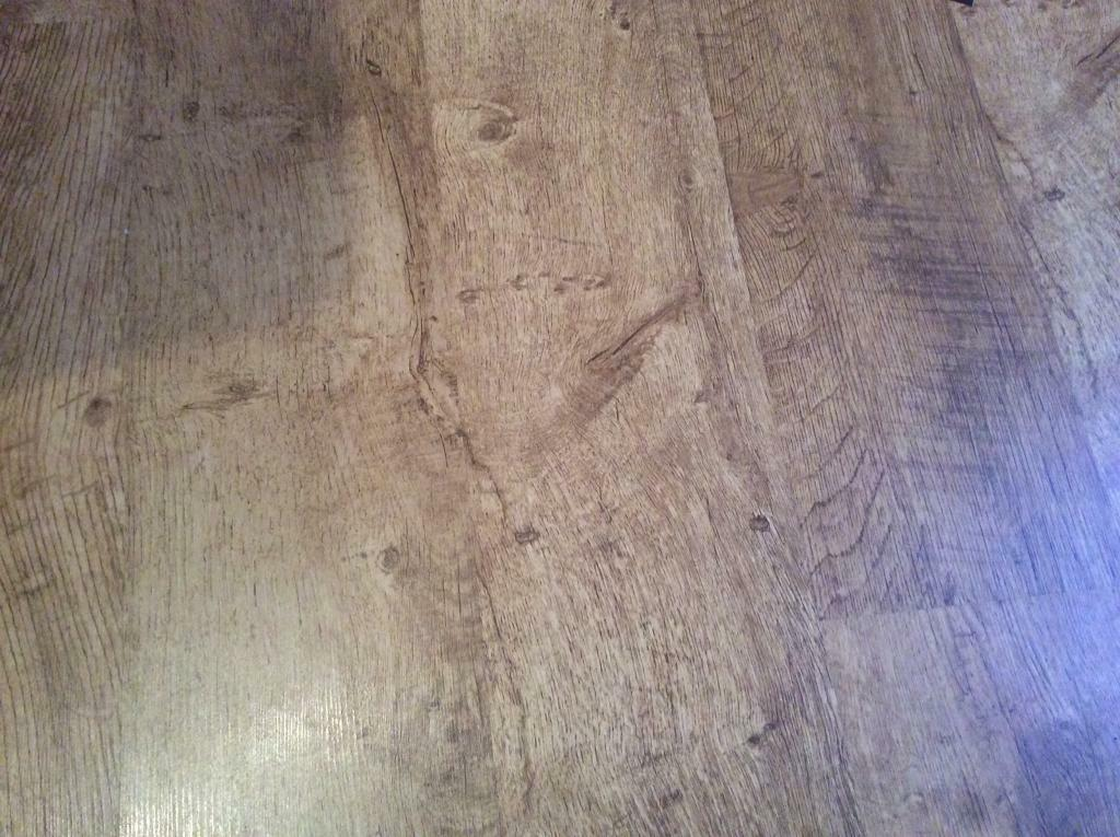Laminate Flooring 73m X 4m Approx Good Used Condition In