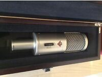 Studio Project B3 large condenser microphone £105 or £200 as part of a recording bundle