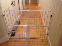 Tuffy Expandable Baby and Pet gate, pressure mount