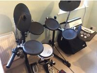 ROLAND TD6V Electronic drum kit, complete with amp & foot pedal