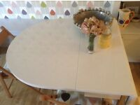 Dwell white gloss dining table-2 fold out leaves