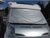 Insulated windscreen cover