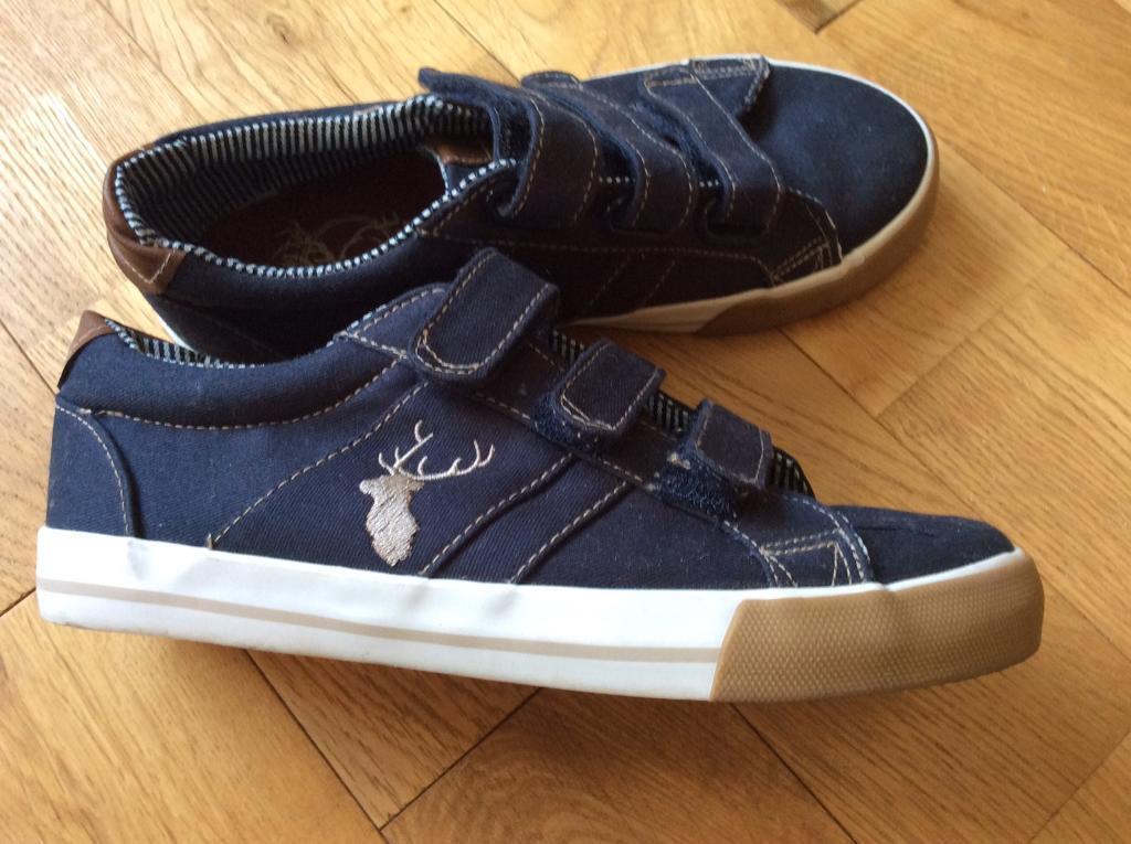 Designers by Debenhams boys shoes size 2