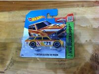 Hot Wheels '71 Datsun Bluebird 510 Wagon