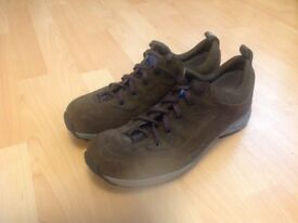 Hanwag approach shoes, mens 9.5 UK size