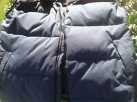Vintage The North Face gilet natural down filled very warm xl.
