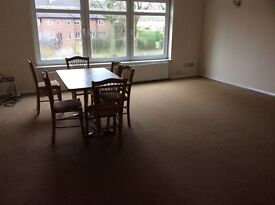 A Very Spacious 2 Bedroom Maisonette to Let