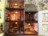 12th scale Alice in wonderland dolls house ( no contents)