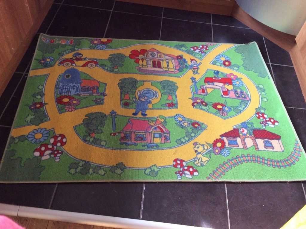 Kids playmat
