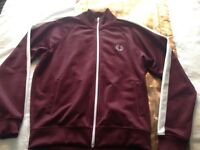 Youth size L (12 y old)Fred Perry zip up top