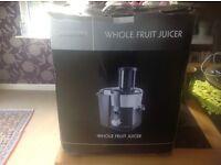 Cookworks signatures whole fruit juicer KP60D-Brand New