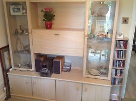 Display unit in light ash colour.