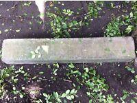 Curbing concrete