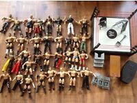 Wwe wrestler figures bundle with ring