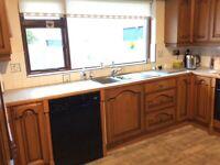 Solid oak wood door kitchen in very good condition.