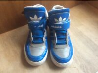 Boys adidas high top trainers size 2