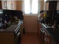 GOOD SIZE DOUBLE ROOM FOR couple IN HAMMERSMITH..AVAILABLE NOW.. £180 pw