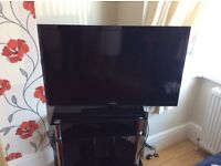 """Television 46"""" Led in excellent condition"""