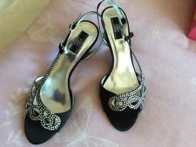 Black/Silver slingback shoes Size8