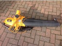 JCB Blower Vac for sale in good condition. Bag will need to be replaced at some point