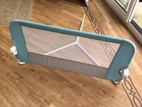 Lindam bed guard in pale blue