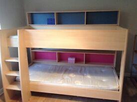 Children's bunk beds by Parisot Tam Tam with reversible colour shelves