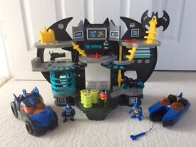 Batcave Playset (Batman and Robin Action Figures) - DC Super Friends - Imaginext - Fisher Price