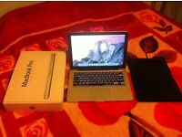 MacBook Pro 2011 i5 SSD SUPERB CONDITION