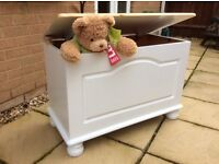 Lovely Solid Pine Toy Box