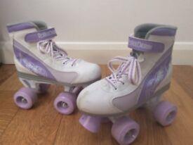 Girls Firestar roller skates + protection pads £10 used