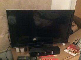 """32"""" panasonic viera led tv, full hd 1080p, hdmi, freeview hd, hardly used, quick sale available"""