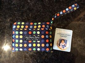 New JoJo Maman Bebe pack away pocket highchair with original tags.