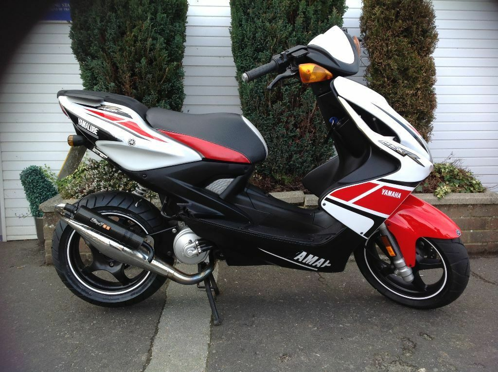 yamaha aerox 50cc 2012 in poole dorset gumtree. Black Bedroom Furniture Sets. Home Design Ideas