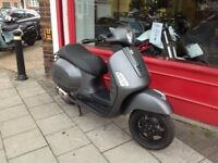 VESPA GTS SUPER 300 LTD COMPLETE 1 OFF LOTS SPENT NICE LOOKING SCOOTER DELIVERY CAN BE ARRANGED