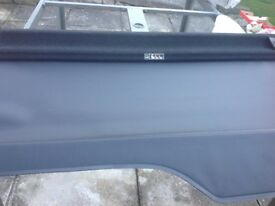 Landrover discovery 3 / 4 rear load cover in black