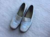 Hotters ladies casual shoes size 7. Beige.