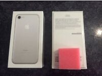 Apple iPhone 7 32GB Mobile Phone - Silver sim free/unlocked (Brand New & Sealed)