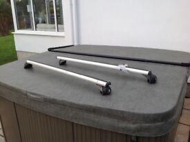 Halfords Lockable Roof Rack