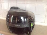 tefal actifry 2 in 1 good as new condition, move forces sale