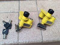 Milenco caravan corner steady lock (pair) as new