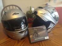 Motorcycle helmets with Bluetooth intercommunion