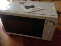 Microwave oven, 700w, Tesco MM08 model