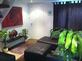 well furnished well presented 1bed house incl bills,Virgin medTV,internet,off street parking...