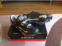 Men's Cycle Shoes size 8
