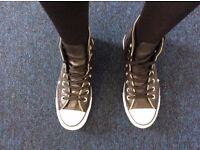 All Star Converse - Black Leather - Barely used - Size 7 (UK)