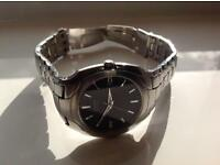 Near perfect !! Citizen eco drive sola watch slim date watch boxed