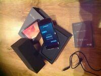 LG Google Nexus 4 Black 8GB Unlocked. Ex cond