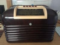 VINTAGE BAKELITE VALVE RADIO~fully restored excellent